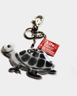 Turtle reflector